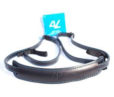 Image of 4V Design Lusso Slim Neck Strap Tuscany Leather Black/Cyan