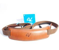 Image of 4V Design Lusso Large Neck Strap Tuscany Leather Brown/Cyan